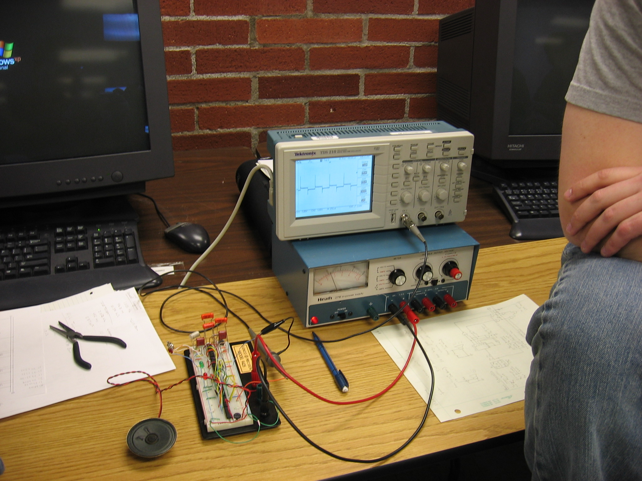 Student Projects Digital Electronics Electronic Metronome With Variable Tone Tempo And Volume